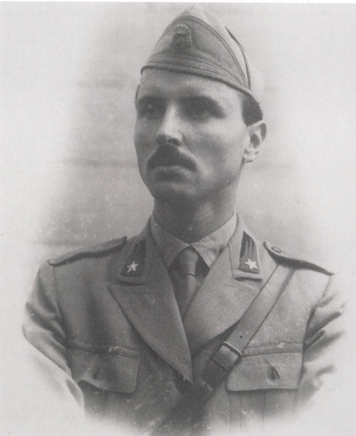 Urbano Rattazzi, nel 1941, quando si arruolò volontario.