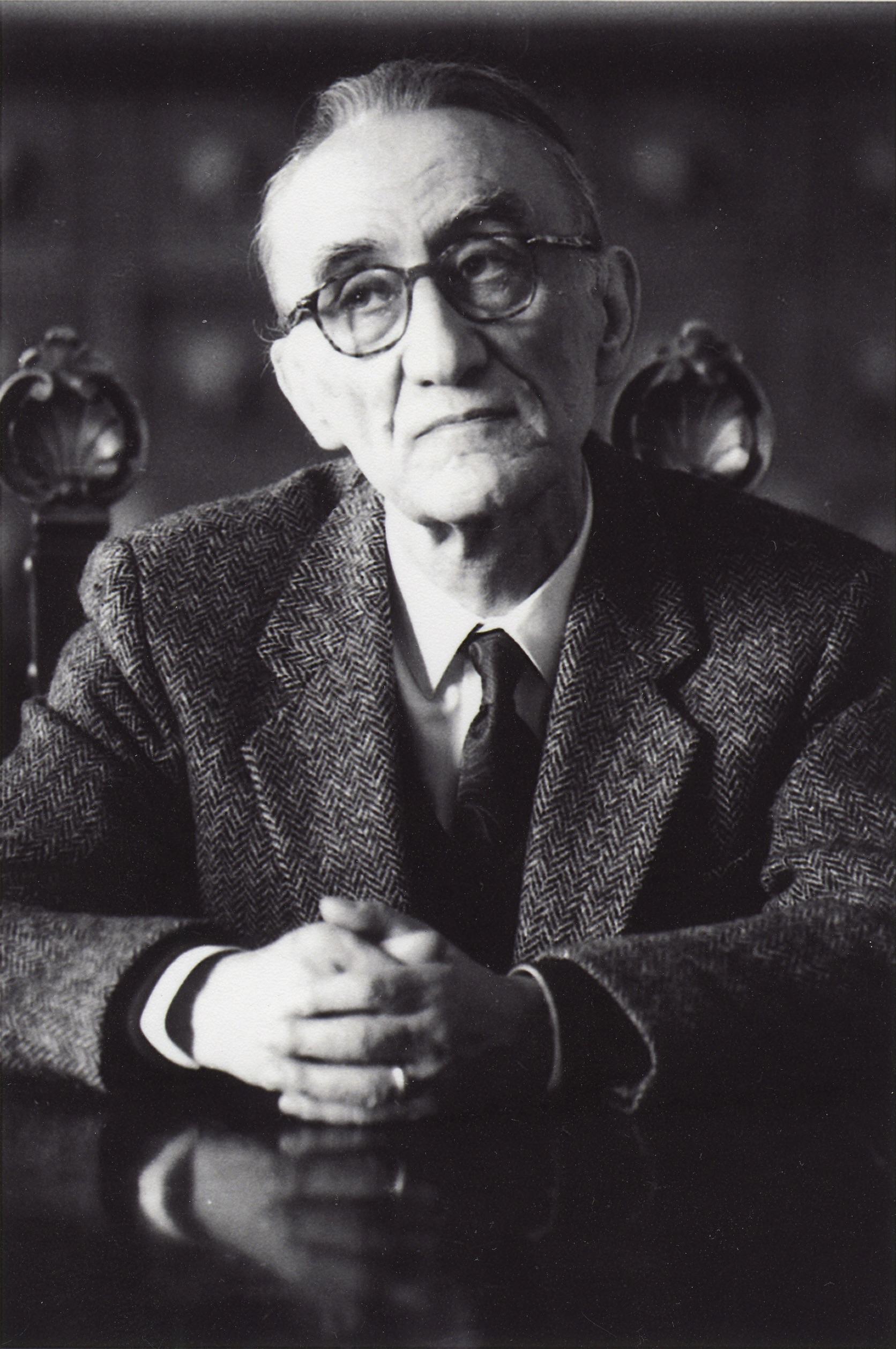 Francesco Mazzoni (1925-2007), filologo italiano, tra i massimi esperti del Novecento dell'opera di Dante.