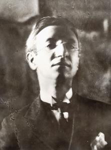 Lo scrittore e poeta milanese Delio Tessa (1886-1939).