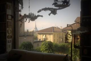 Lo studio torinese di Ezio Gribaudo. Venerdì 9 settembre 2016.