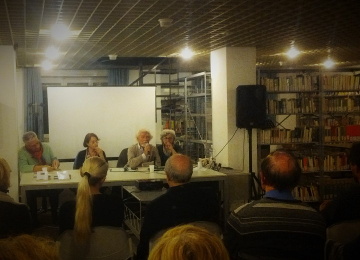 Parma. Biblioteca Internazionale Ilaria Alpi. 28 ottobre 2016. Lo scrittore e poeta Vitalij Aleksandrovič Šentalinskij con Luciana Vagge Saccorotti e Maria Candida Ghidini.