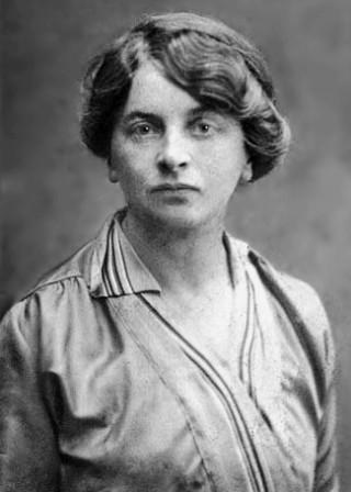Elisabeth Inès Armand nel 1916. Lei era bellissima e Lenin, alla sua morte, pianse per lei.
